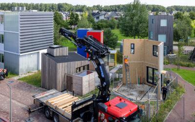 Een nieuw 6-hoekig huisje op de BouwEXPO Tiny Housing